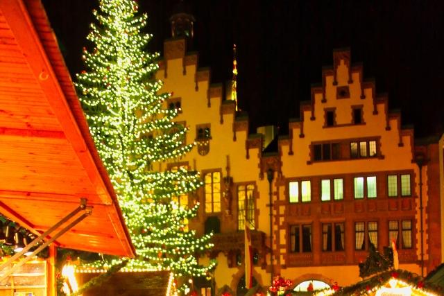 ドイツ:フランクフルトのクリスマスマーケットの風景