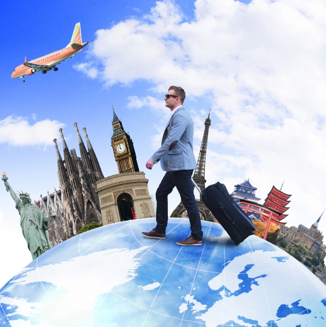世界を旅する男のイメージ画