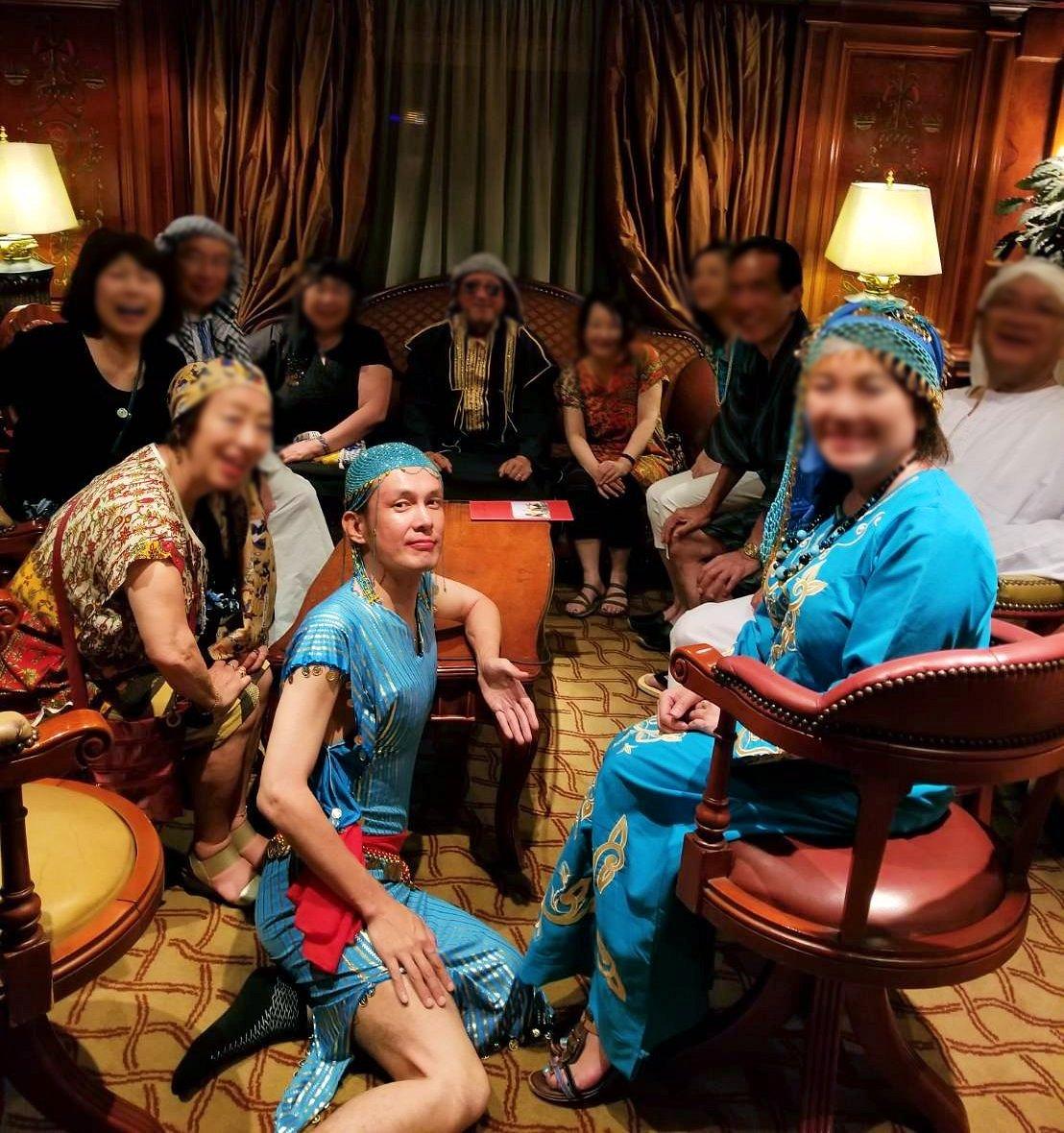 エジプト旅行 ブログ 口コミ ガラベイヤ 女装 セクシー