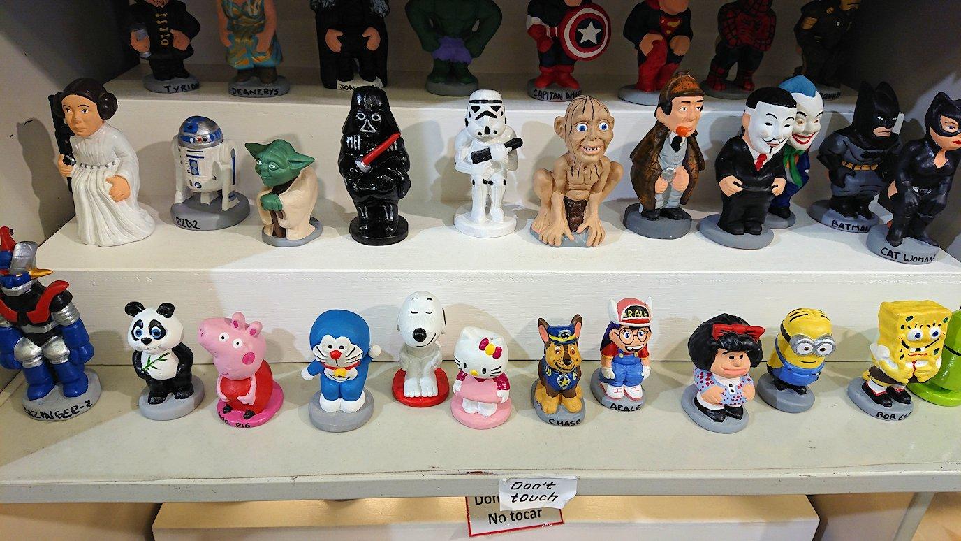 スペイン旅行 バルセロナ サグラダファミリア 日本旅行 お土産物屋