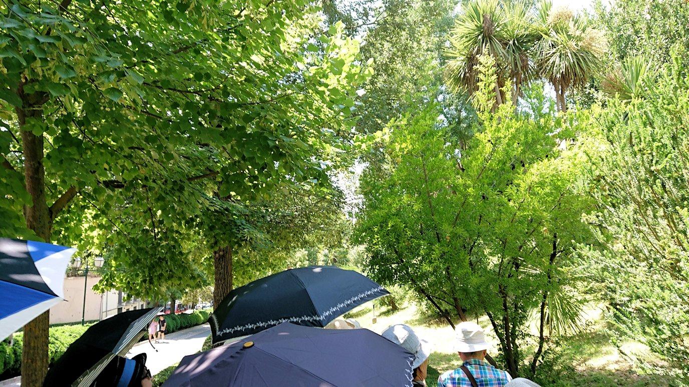 スペイン旅行 ツアー 観光 日本旅行 グラナダ アルハンブラ宮殿 バス 昼食 パーキング 移動 ブログ 口コミ