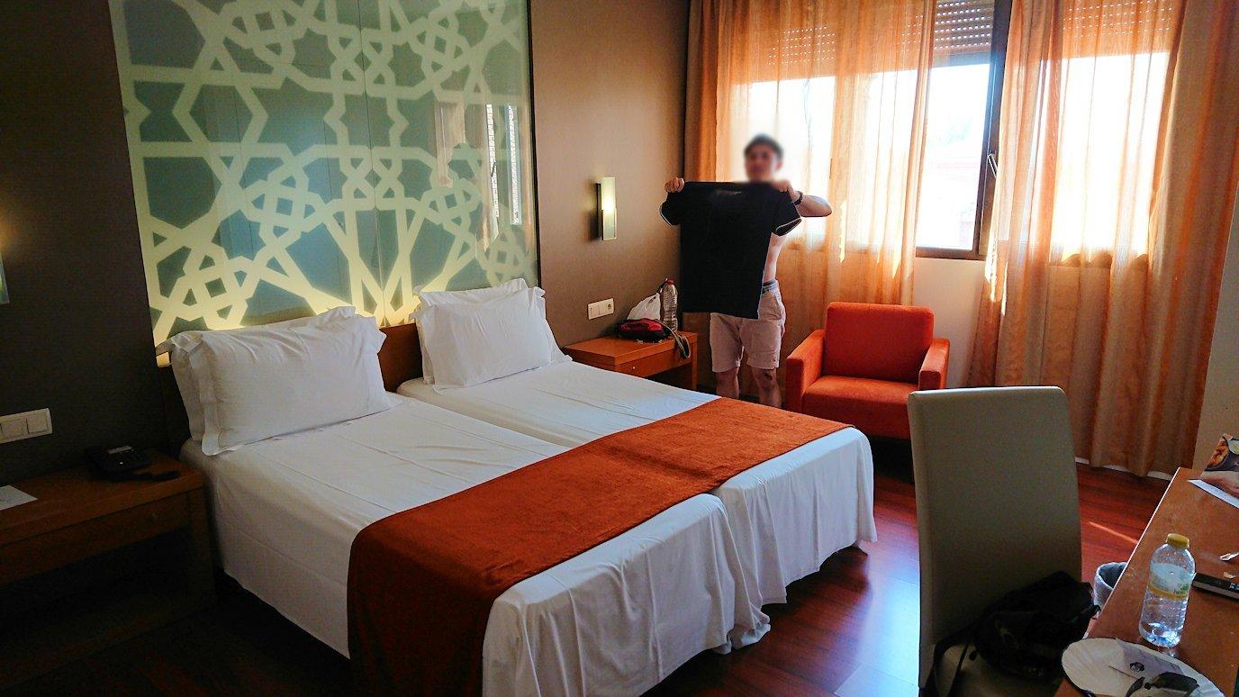 スペイン旅行 ツアー 観光 日本旅行 グラナダ アルハンブラ宮殿 グラナダパレス プール ブログ 口コミ