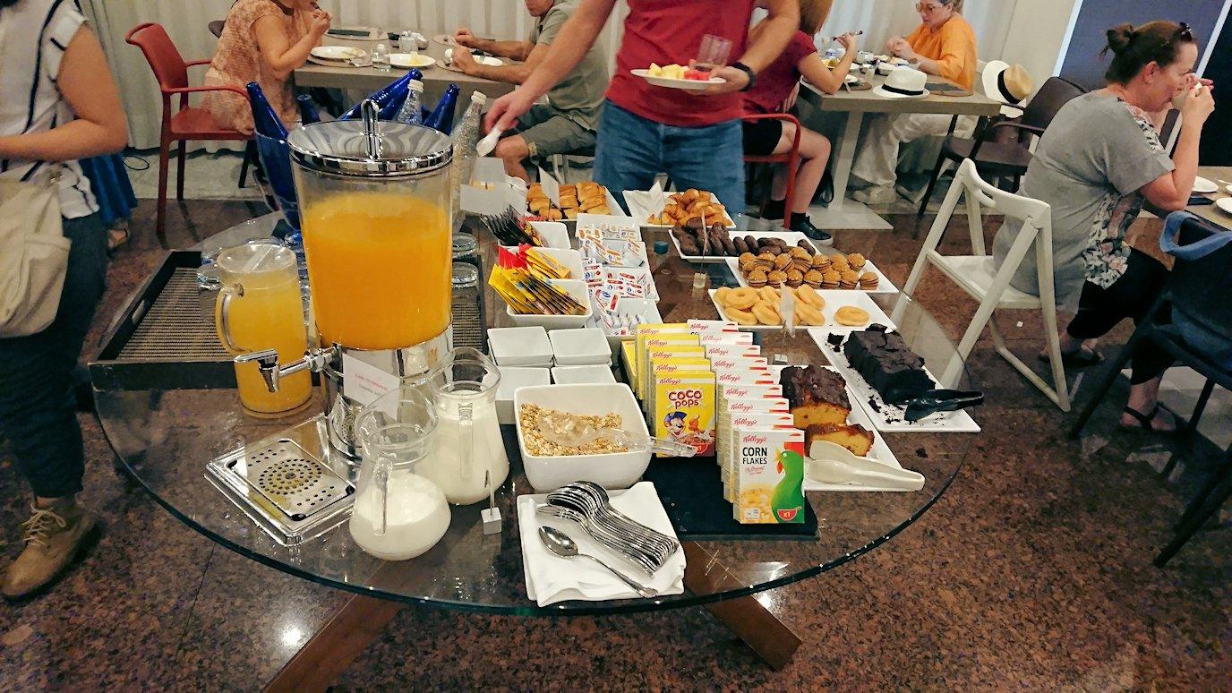 スペイン旅行 ツアー 観光 日本旅行 マドリード ホテル 朝食 バイキング お土産 感想 ブログ 口コミ