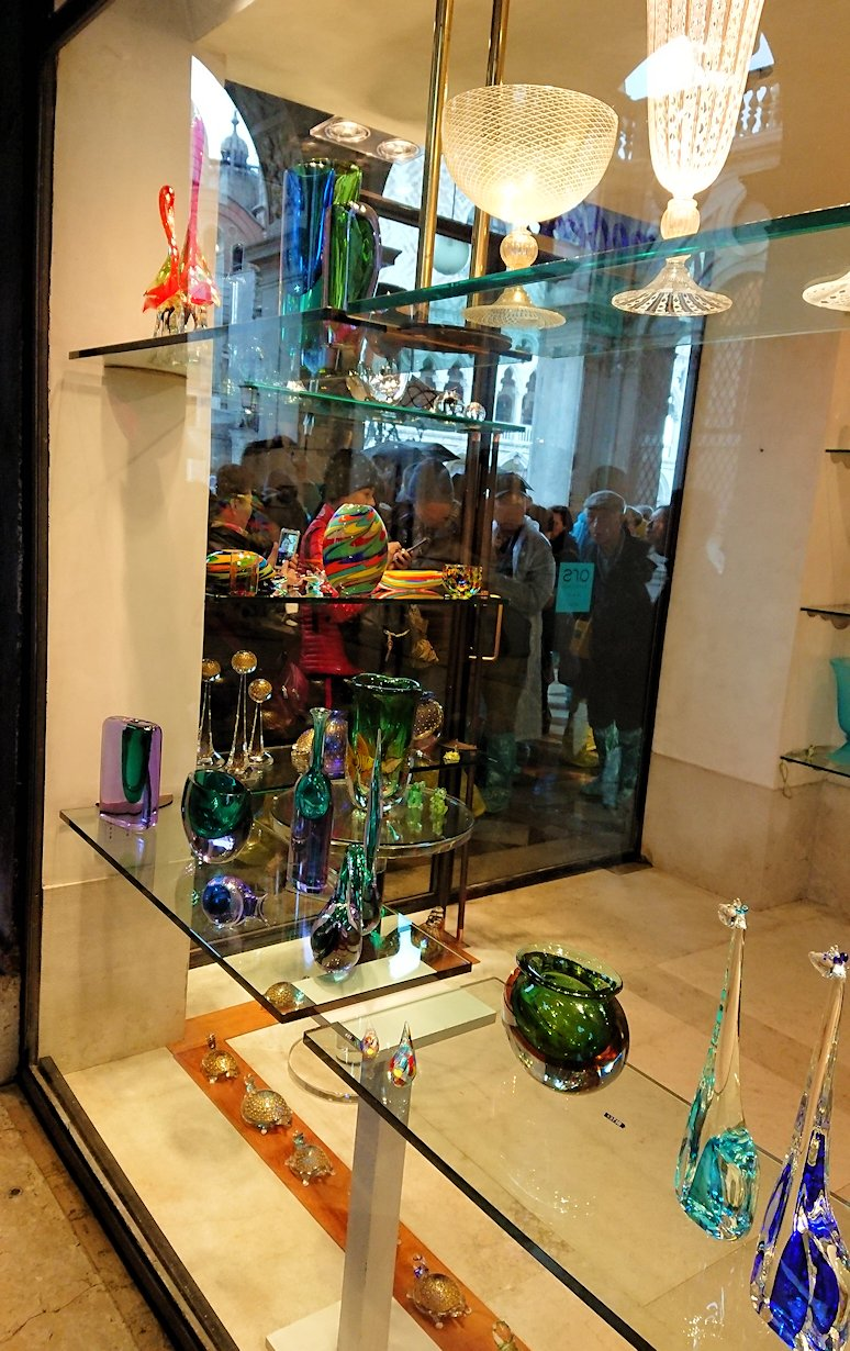 ベネチアンガラスのオシャレなお店