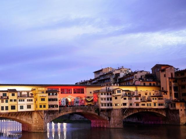フィレンツェのポンテヴェキオ橋の様子2