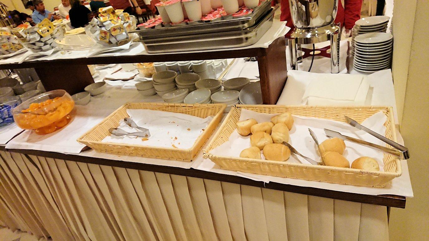 NILHOTELの朝食バイキングの様子2