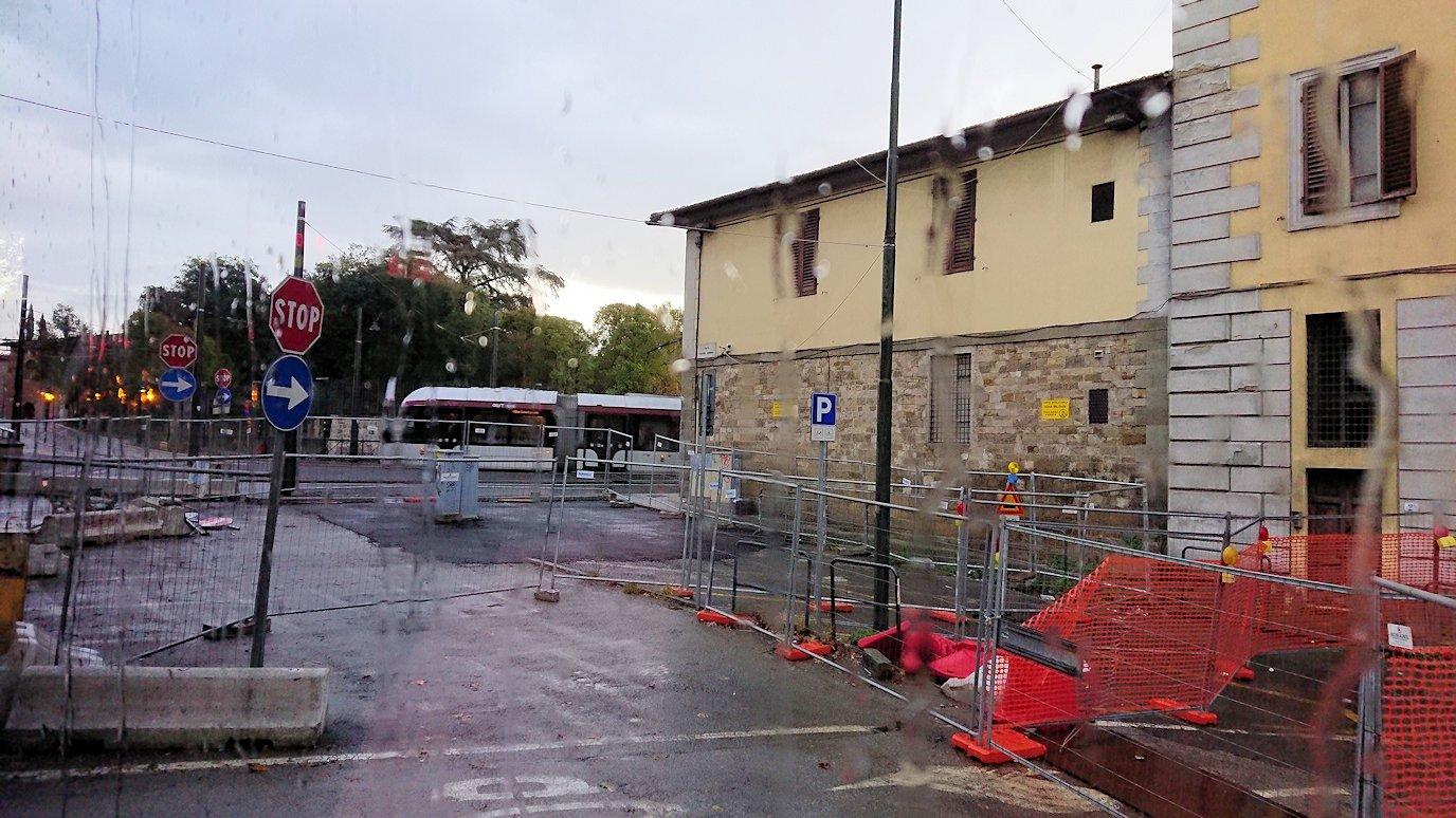 バスでフィレンツェ市内を移動4