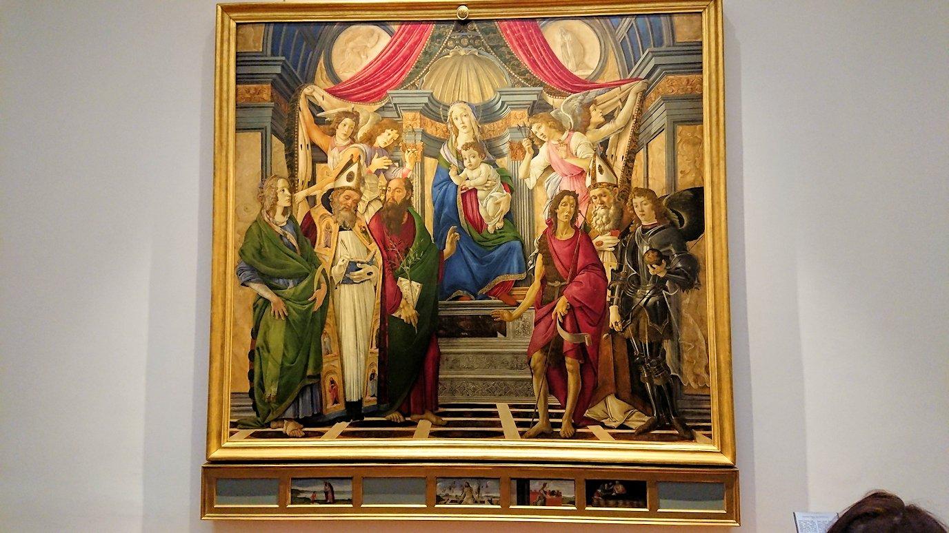 ウフィツィ美術館の有名な絵画群6