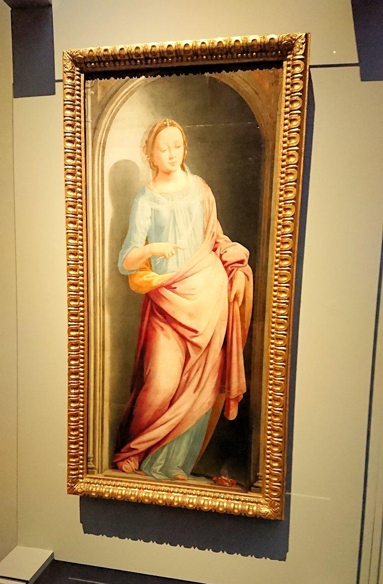 ウフィツィ美術館でマリア様の絵