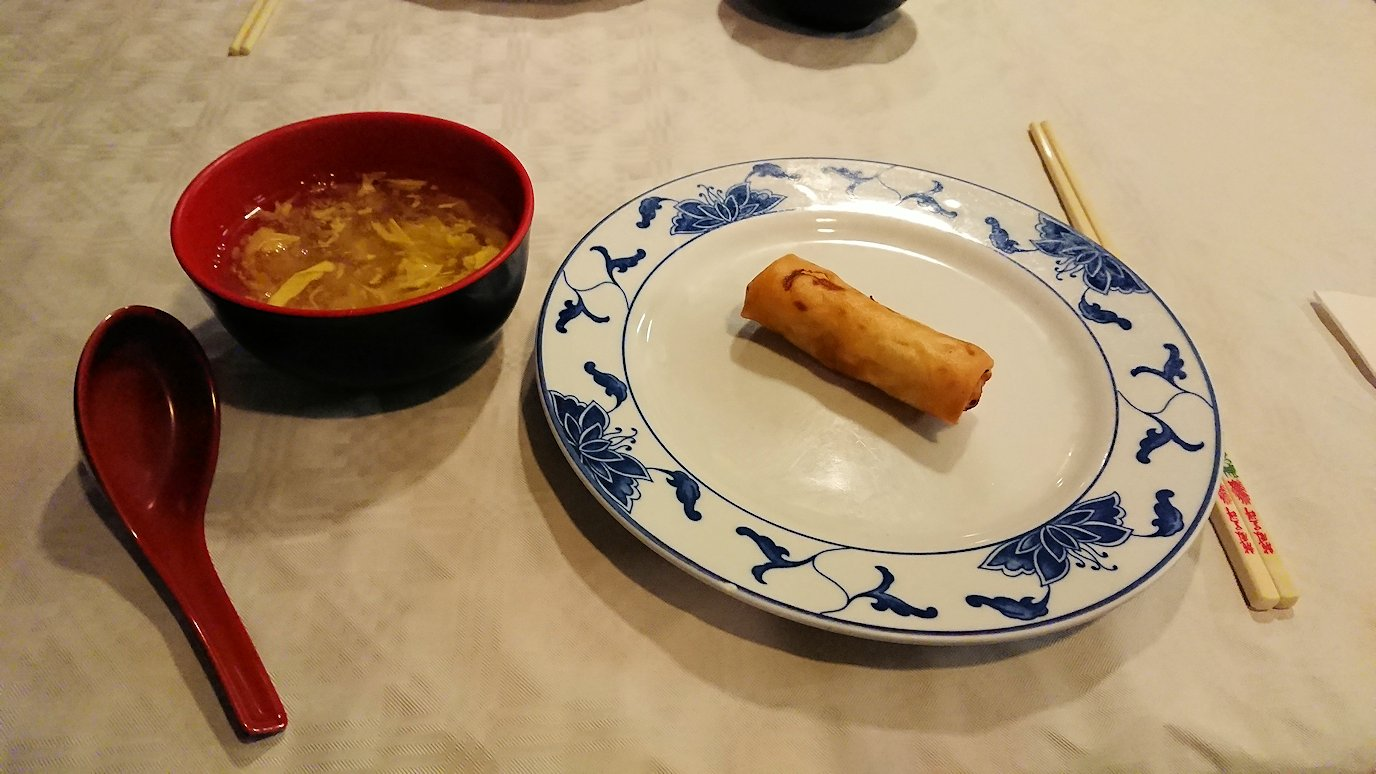 フィレンツェ市内の中華レストランで出てきた春巻