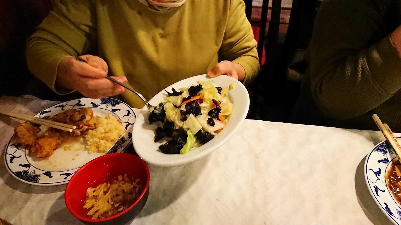 フィレンツェ市内の中華レストランの八宝菜