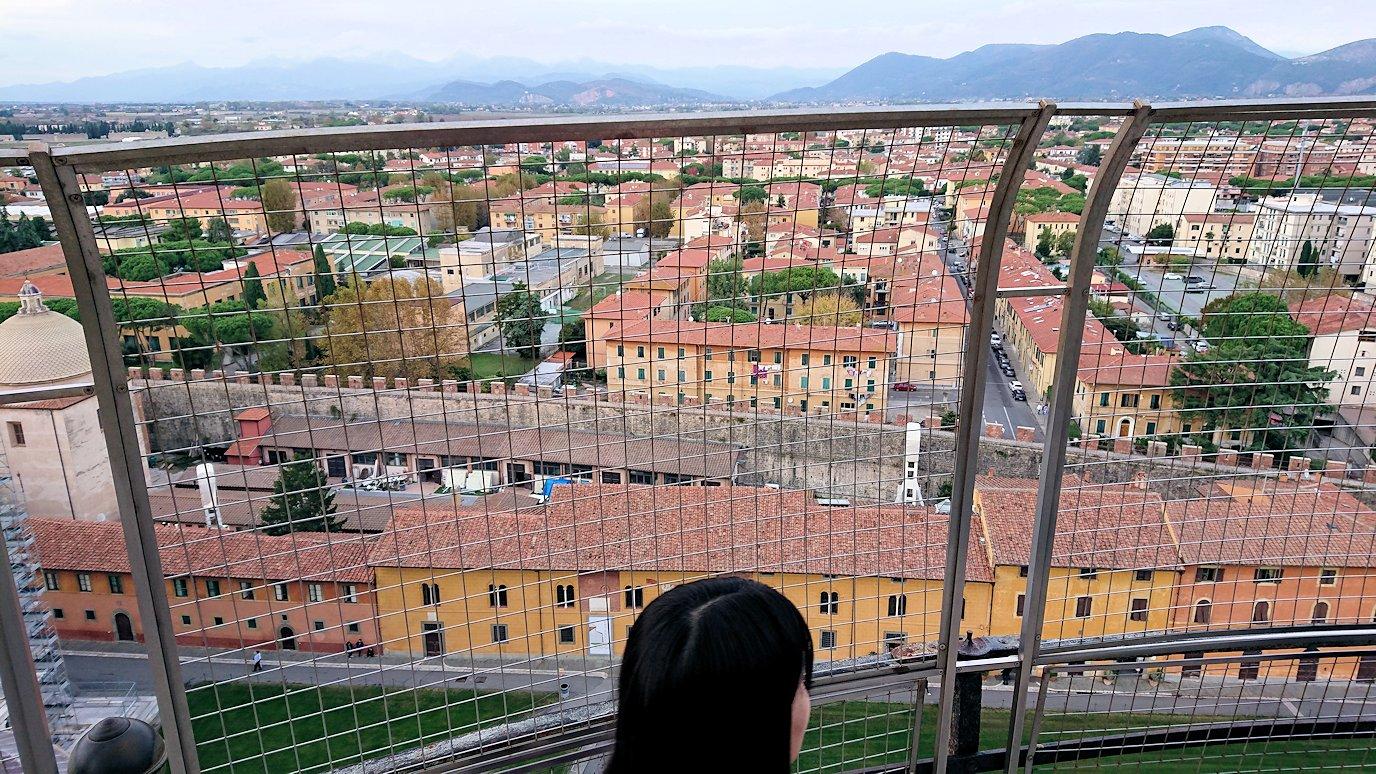 ピサの斜塔の頂上からの景色2