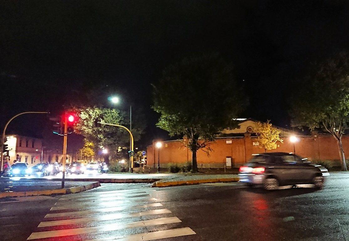 フィレンツェの夜の道路2
