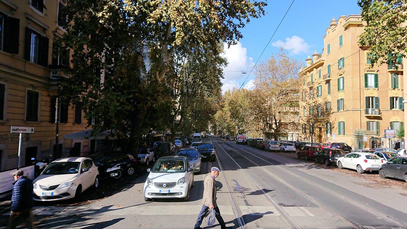 ローマ市内に入る2