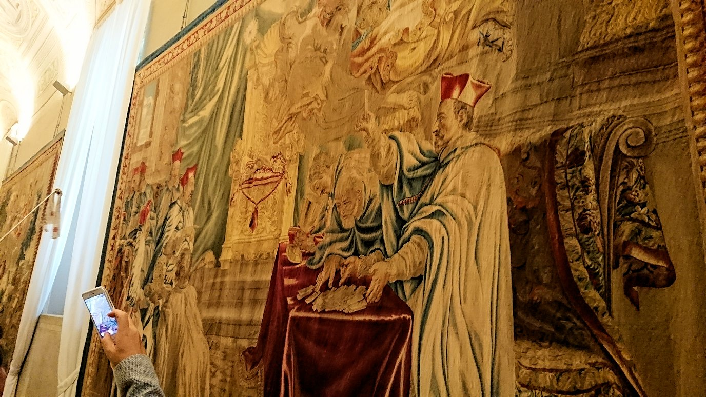 バチカン美術館のタペストリー3