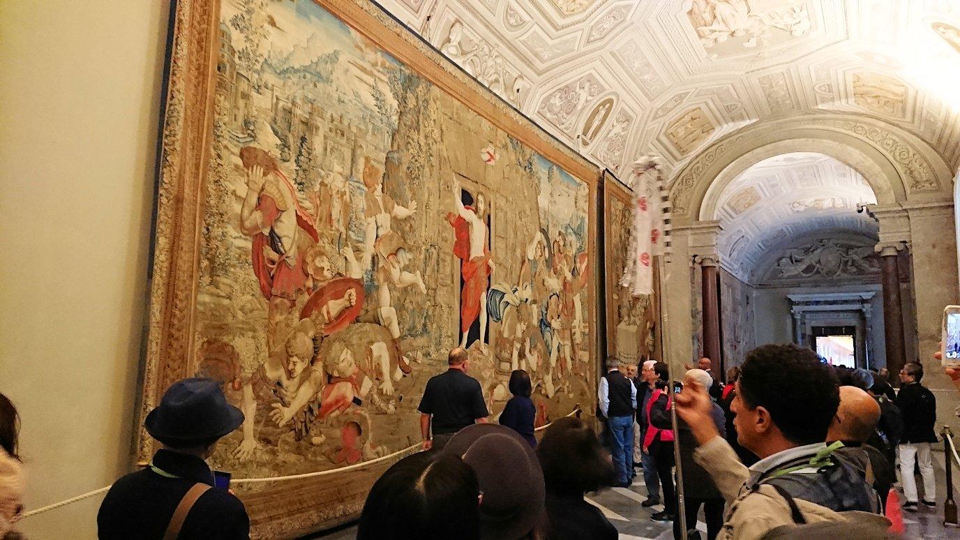 バチカン美術館のタペストリーの間のキリスト画