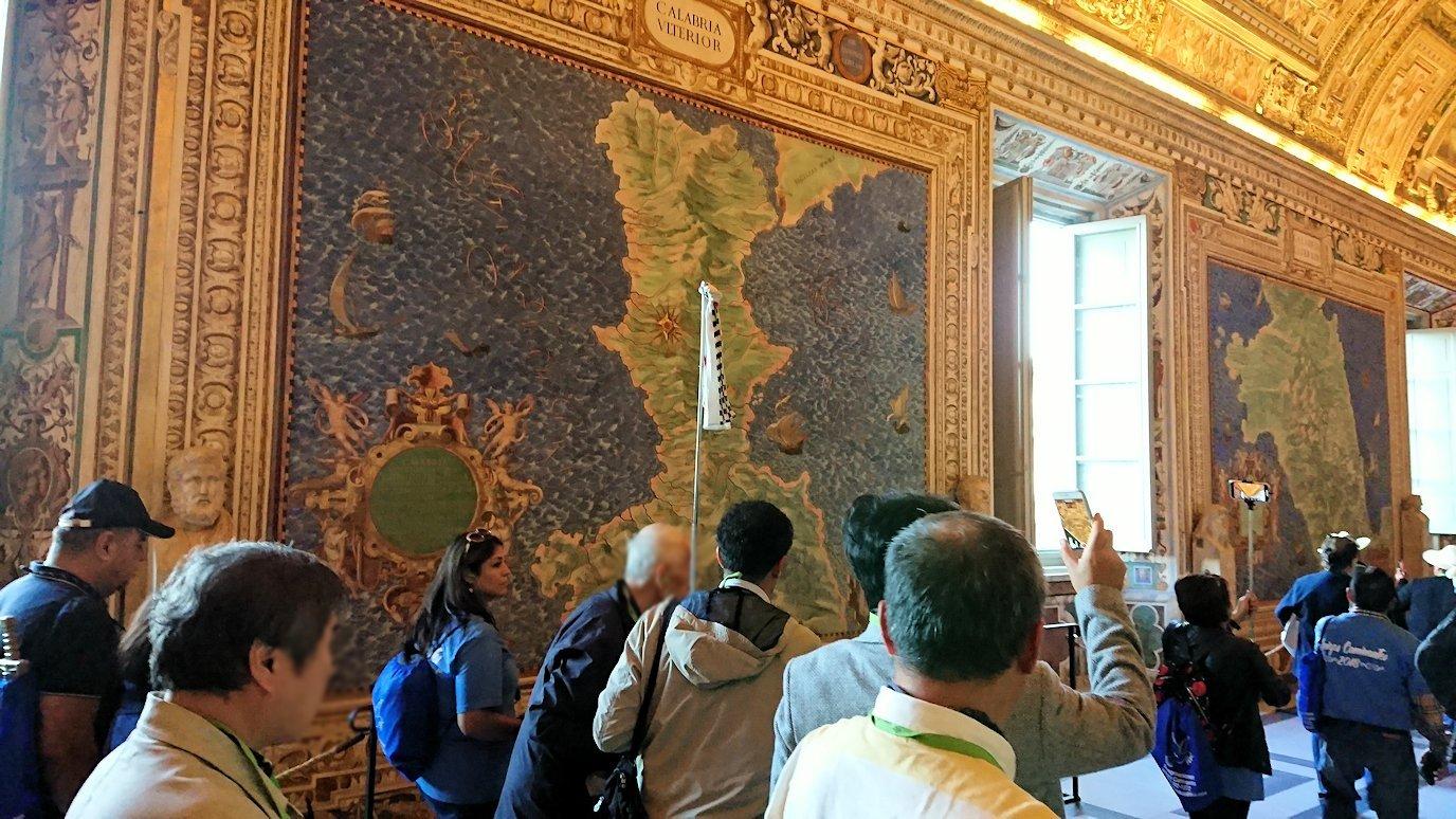 バチカン美術館の地図のギャラリーで見た地図