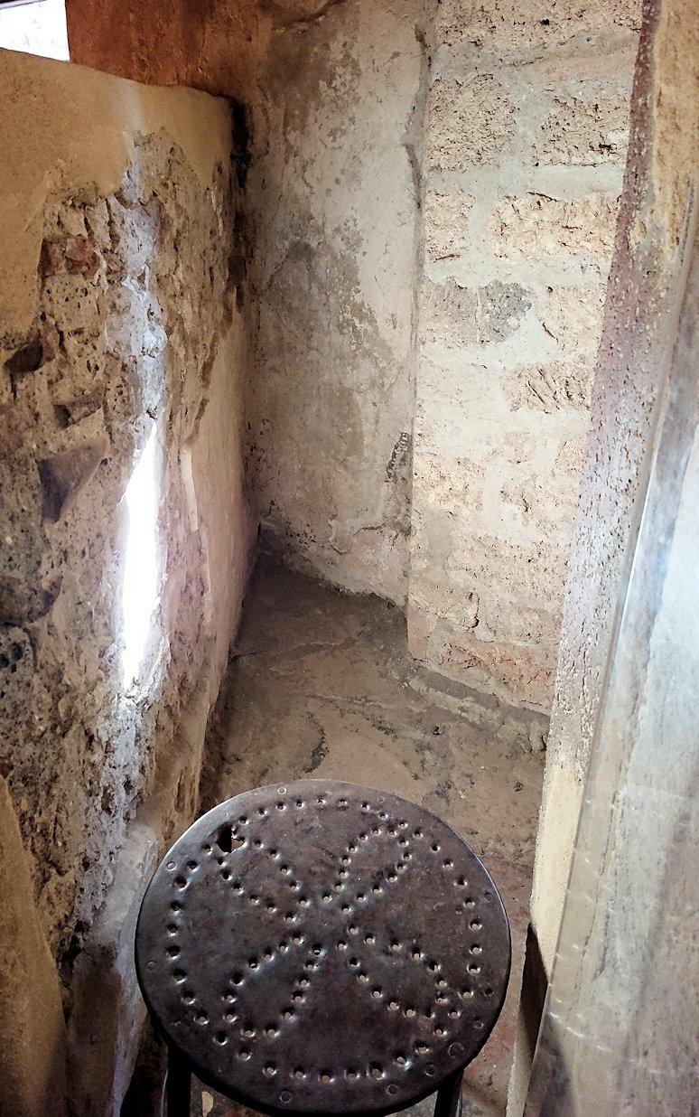 ポンペイ遺跡の娼婦の館の内部見学6