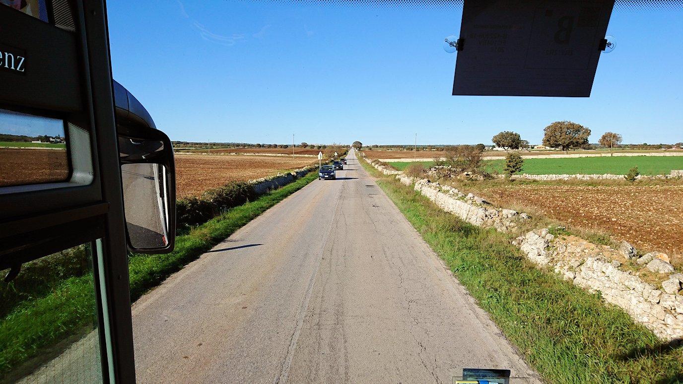 アルベロベッロからマテーラに向かうバスの道中2