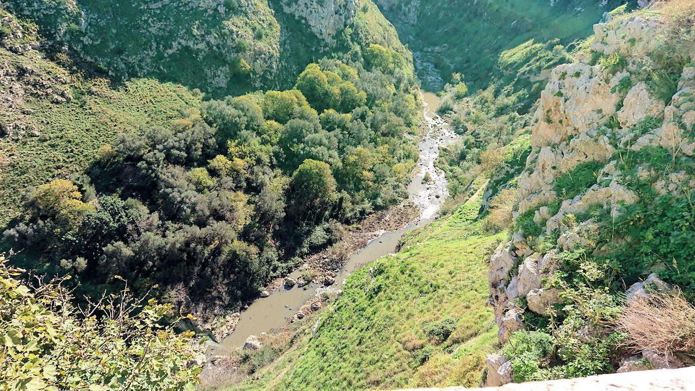 マテーラのグラヴィーナ渓谷を見る3