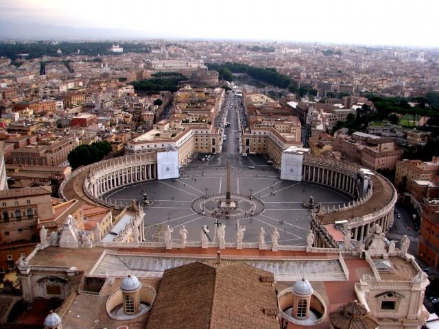 サンピエトロ大聖堂のクーポラからの眺め