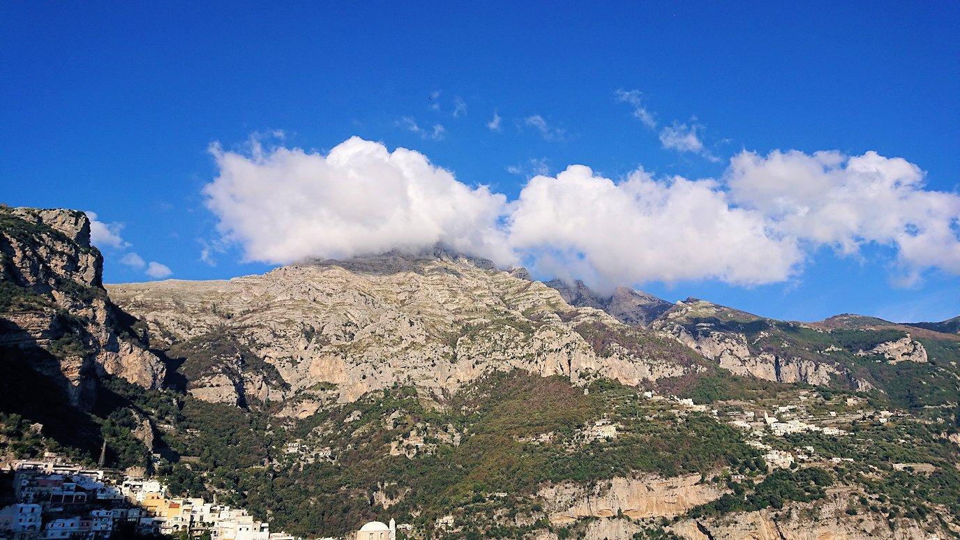 アマルフィ海岸のポジータノ付近で絶景を眺める5