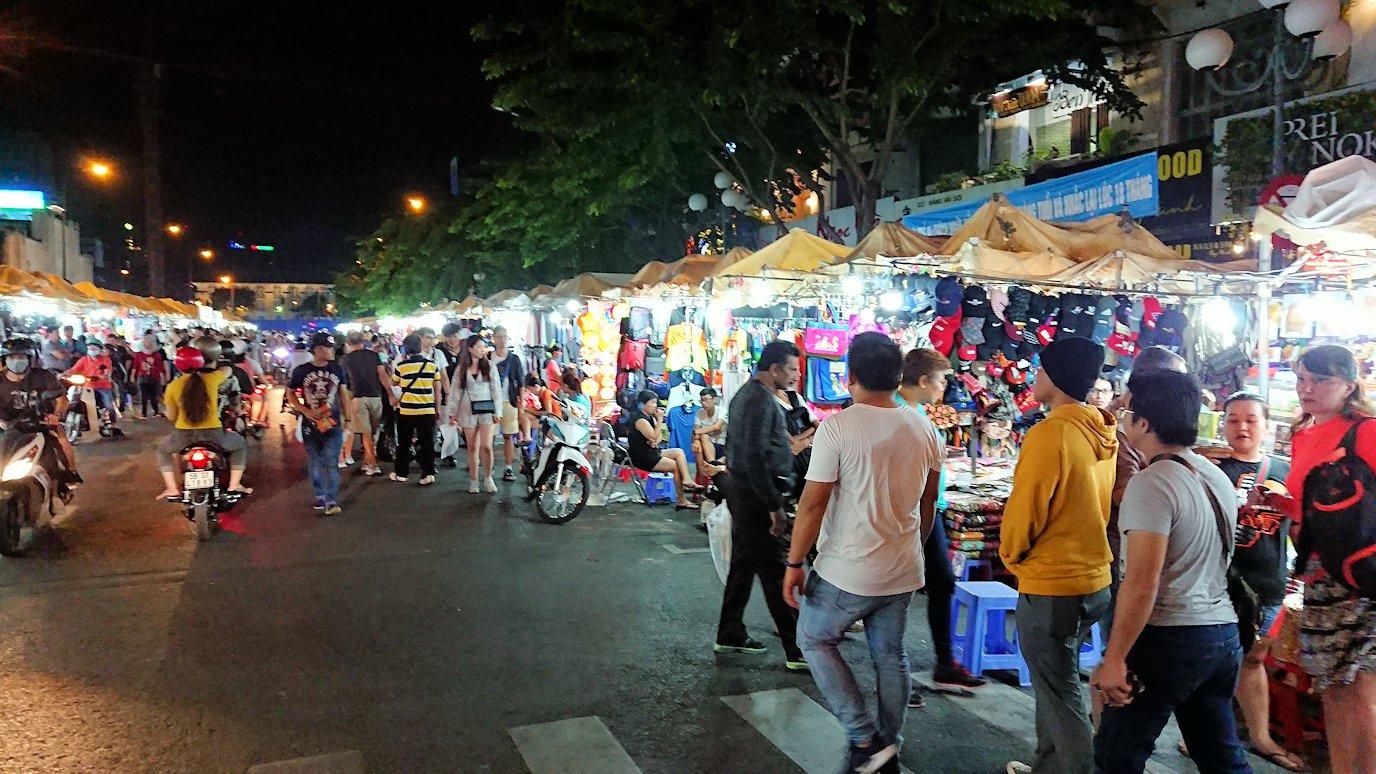 夜のベンコイ:ナイトマーケットの様子4
