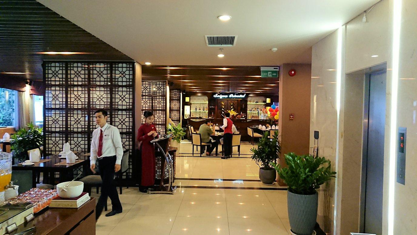 サイゴンホテルの朝食会場2