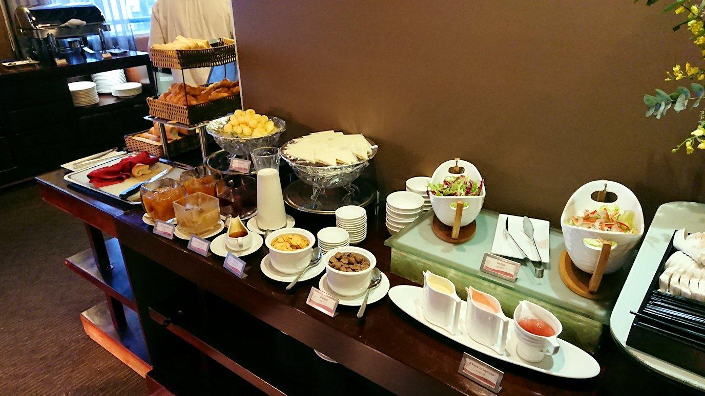 サイゴンホテルの朝食会場3