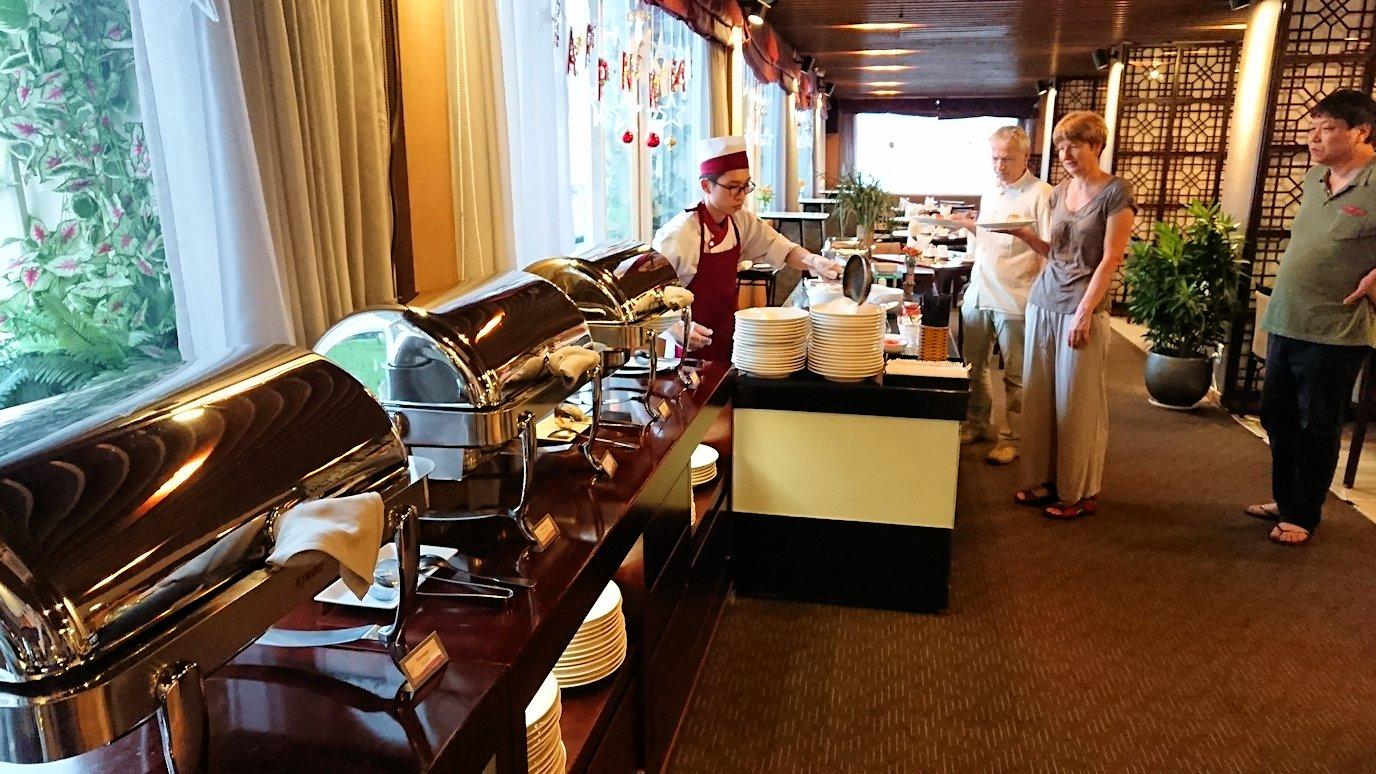 サイゴンホテルの朝食会場6