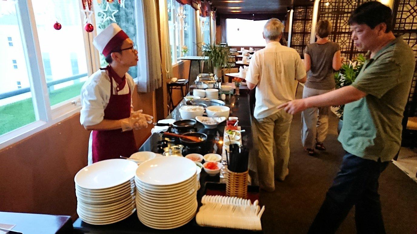 サイゴンホテルの朝食会場7