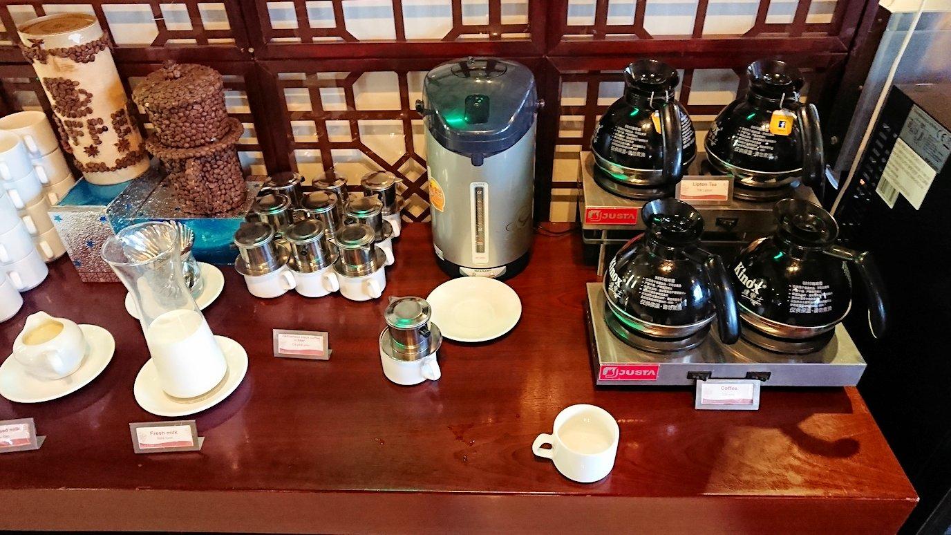 サイゴンホテルの朝食会場のコーヒー