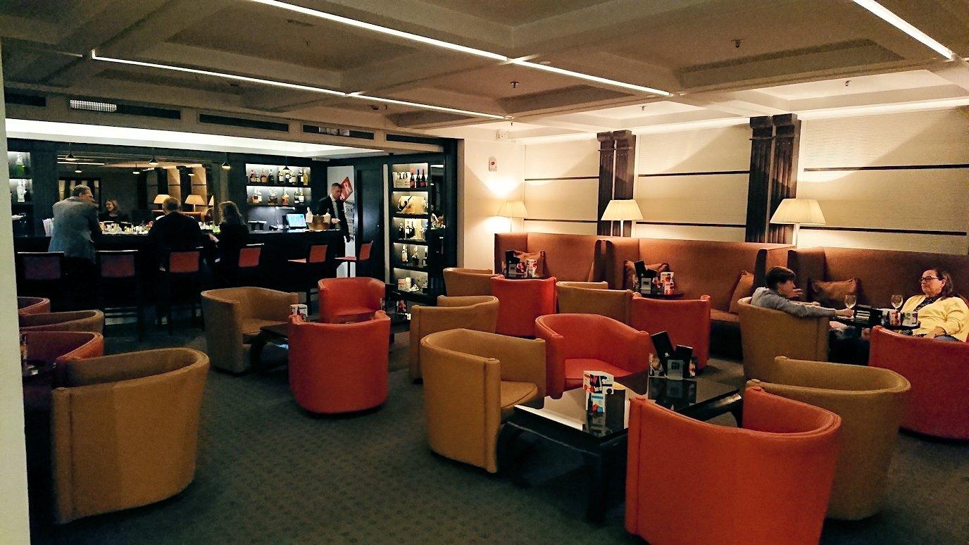 ナポリのホテルの1階ロビー