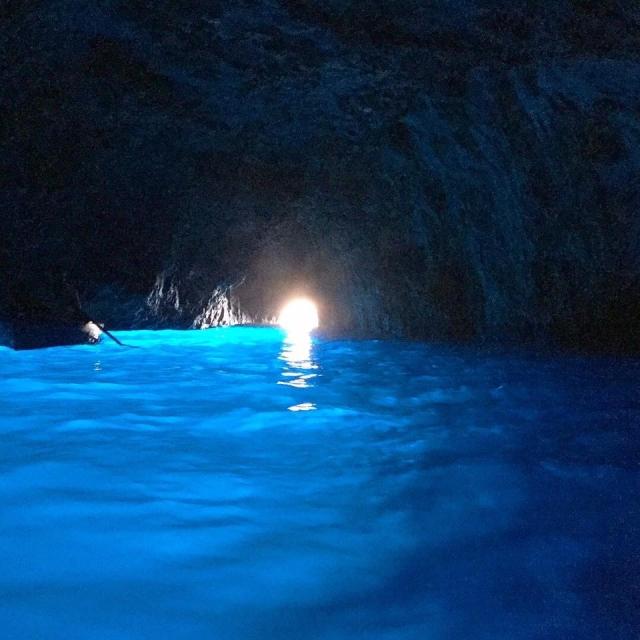 青の洞窟の様子
