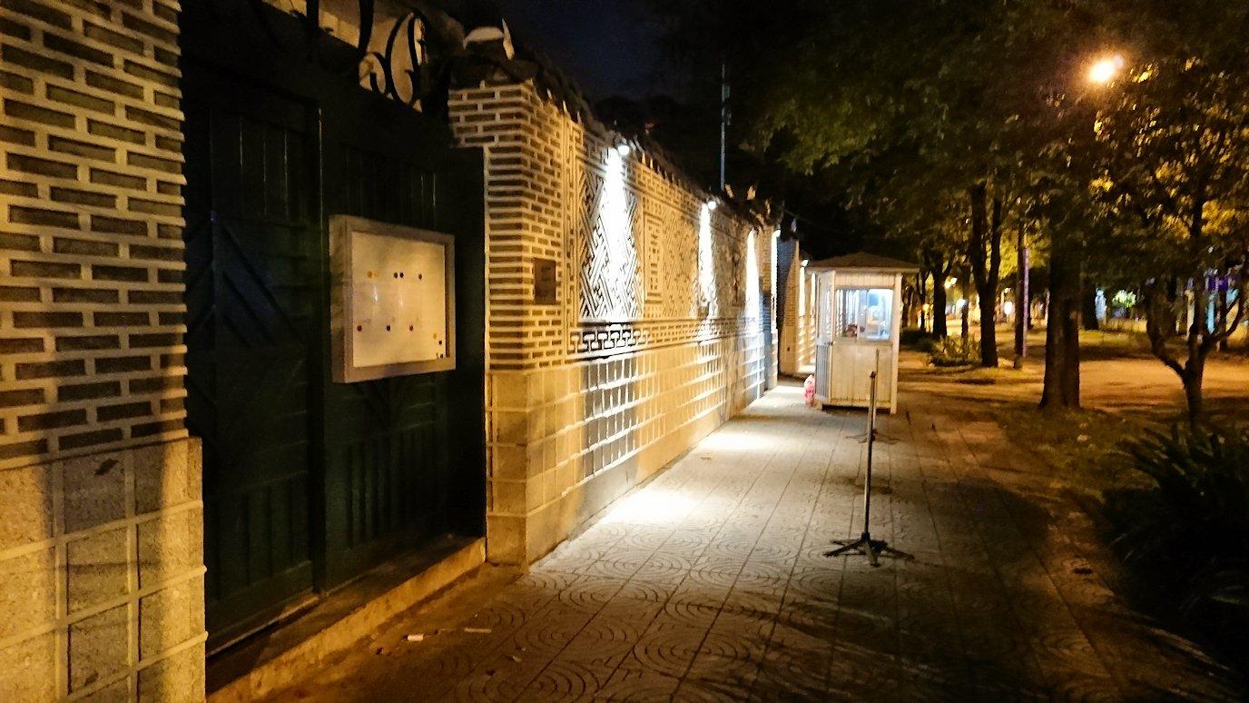 深夜のホーチミン市内を歩く5