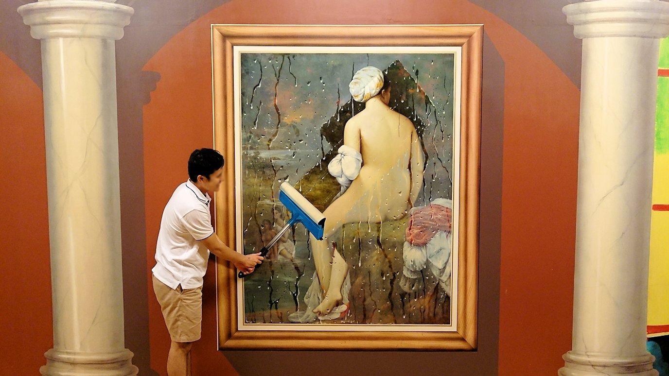 トリックアートミュージアム「アーティナス」でここぞと楽しむ男達