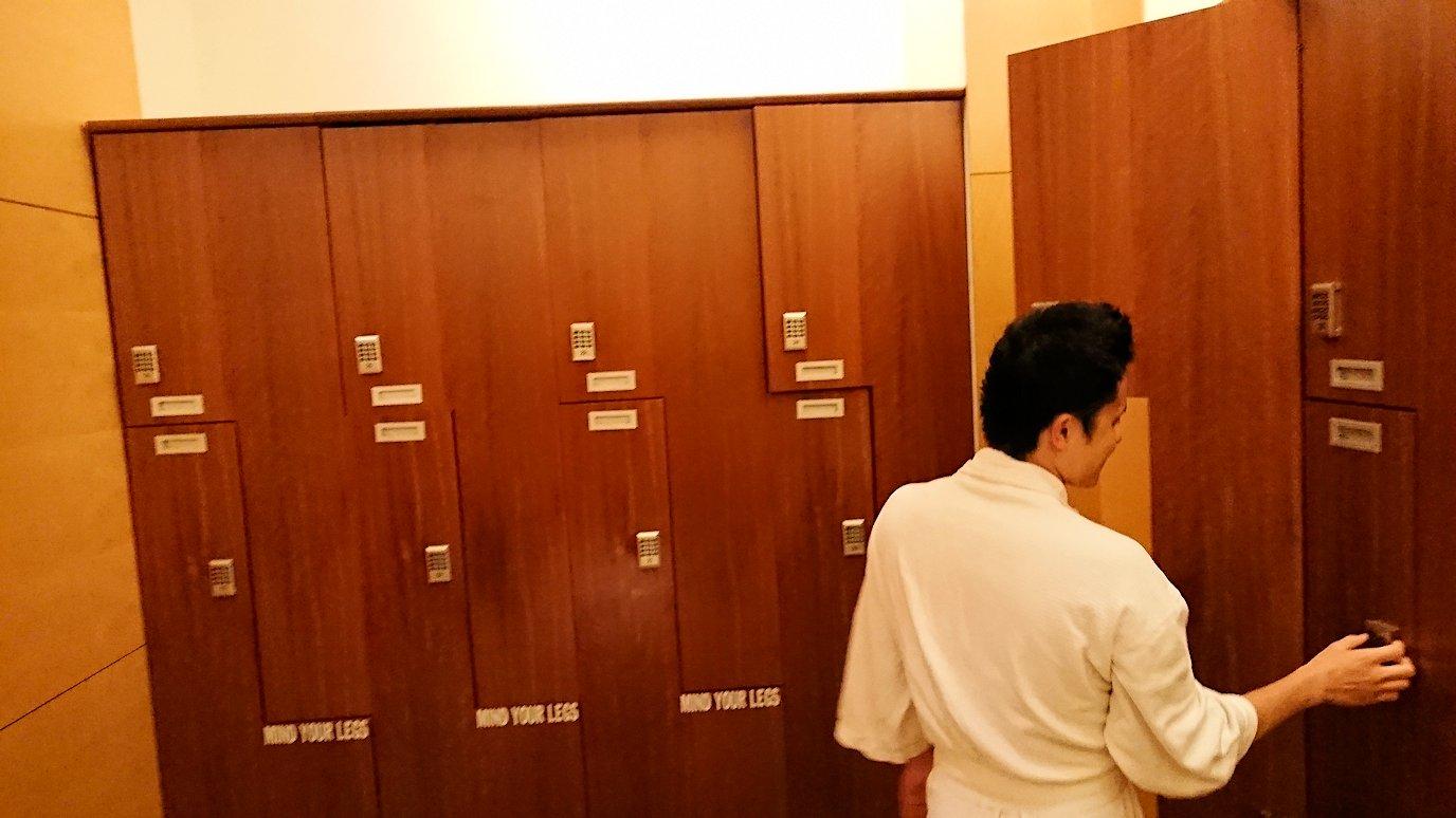 ホーチミン市内のインターコンチネンタルホテルのスパ180分を体験し喜ぶ漢6