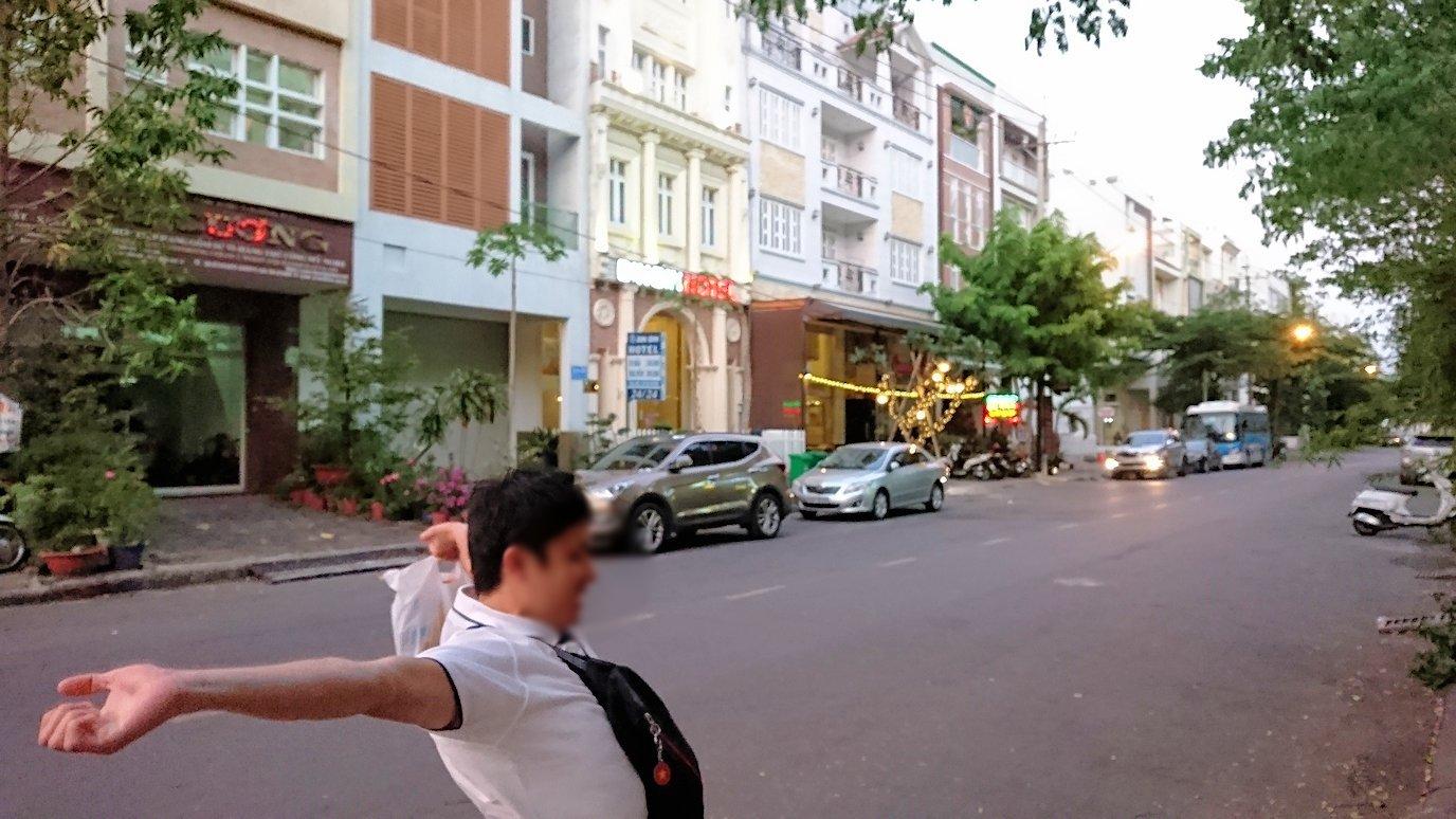 ベトナム最終日もクイーンビーにタクシーで向かう途中に見えた光景3