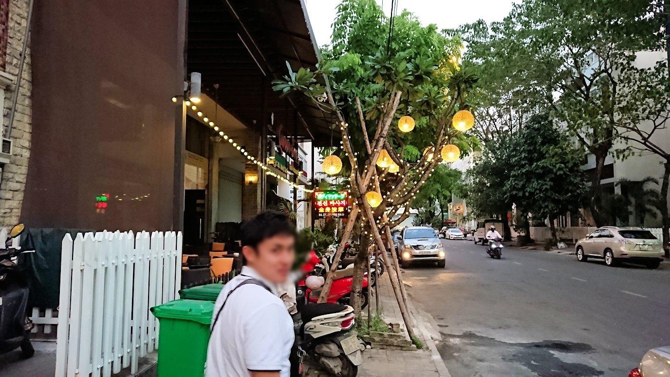 ベトナム最終日もクイーンビーにタクシーで向かう途中に見えた光景4