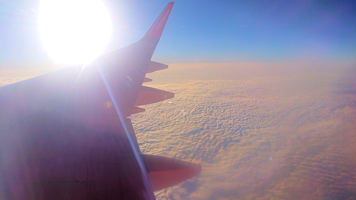 タンソンニャット国際空港から帰るベトジェットエアの機内の景色2