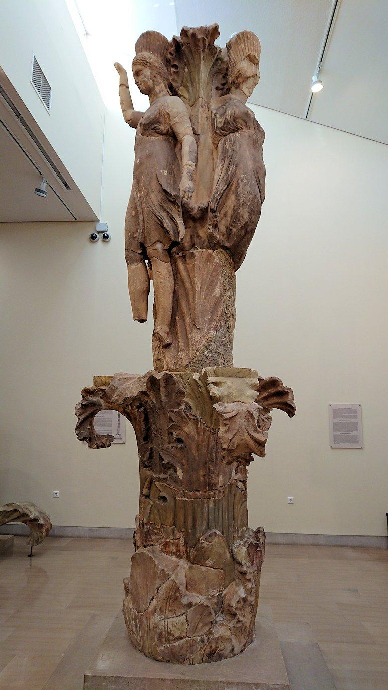 デルフィ遺跡の博物館内の模型4デルフィ遺跡の博物館内の色んな像2