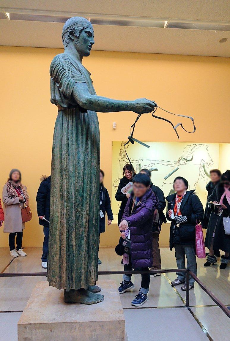 デルフィ遺跡の博物館内の模型4デルフィ遺跡の博物館内でデルフィの御者像3