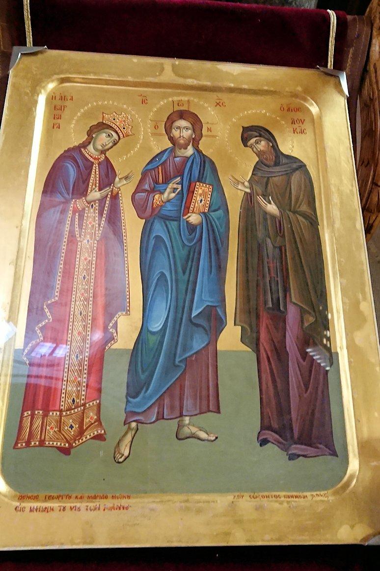 オシオス・ルカス修道院の中の様子4