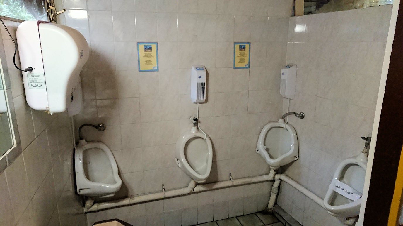 メテオラ観光後に食べたレストランのトイレ