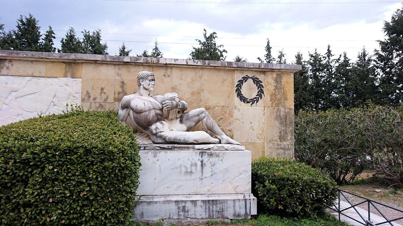 ギリシャのトリカラ地方からアテネに向かう途中に寄ってテルモピュライの戦い跡を訪れる4