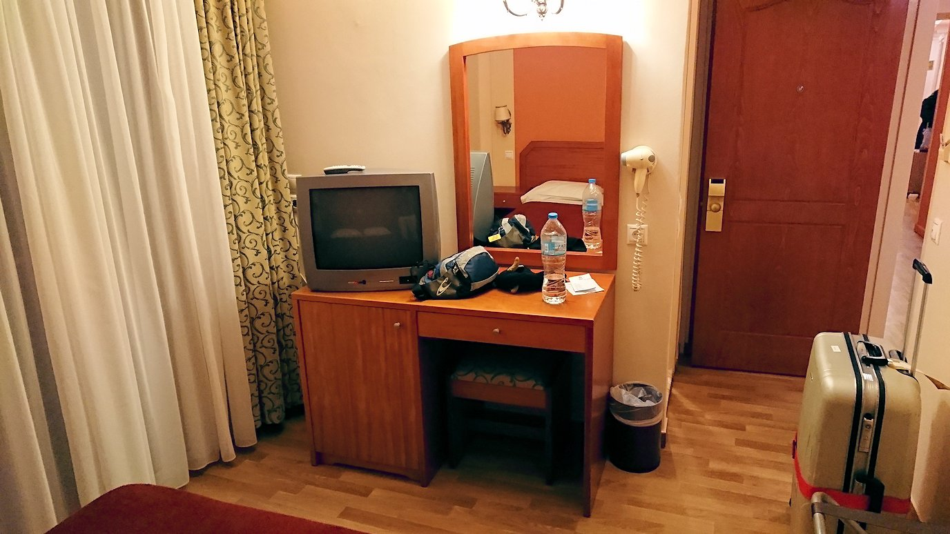 アテネのオスカーホテルの部屋の中3
