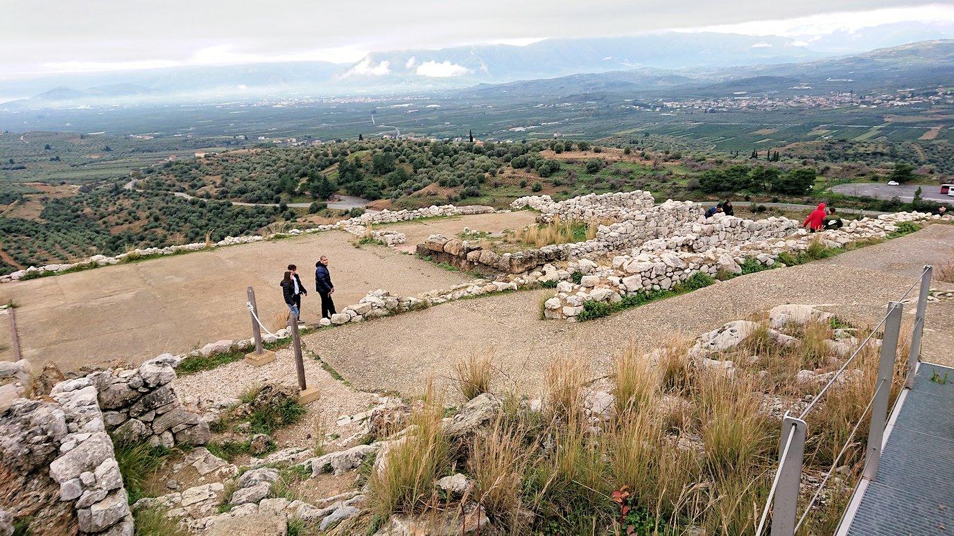 ミケーネ遺跡の宮殿跡を見学