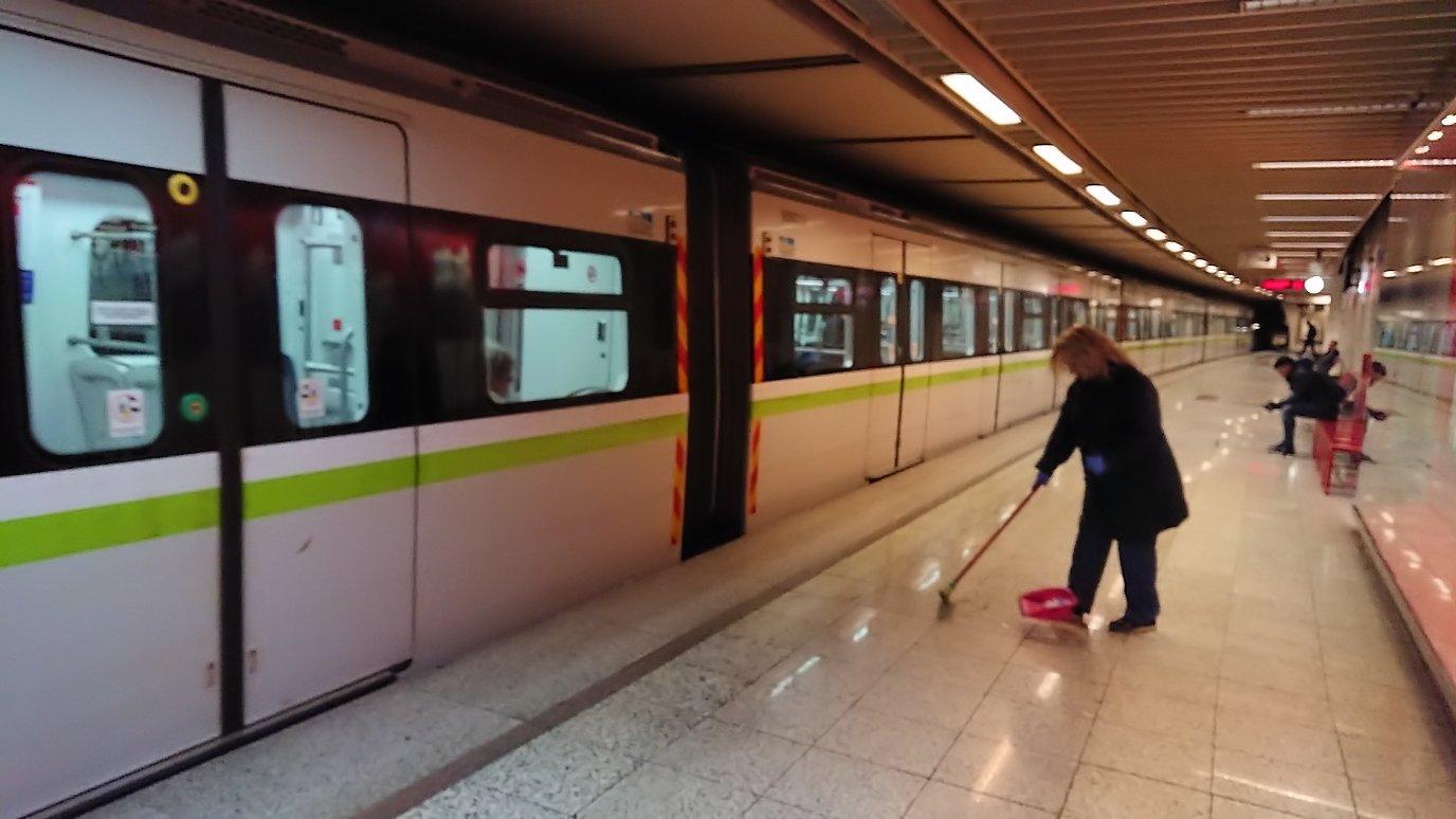 アテネの地下鉄のラリッサ駅の様子5