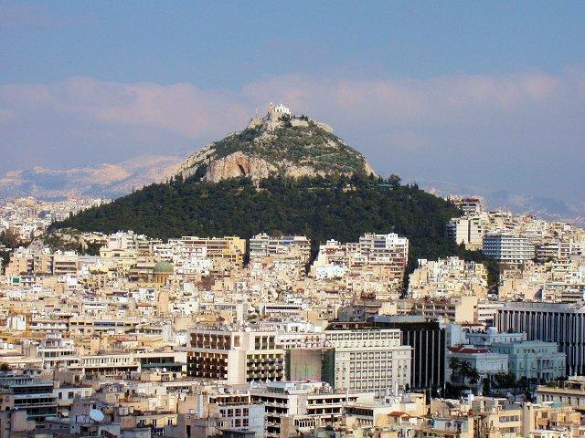 リカヴィトスの丘を見上げる