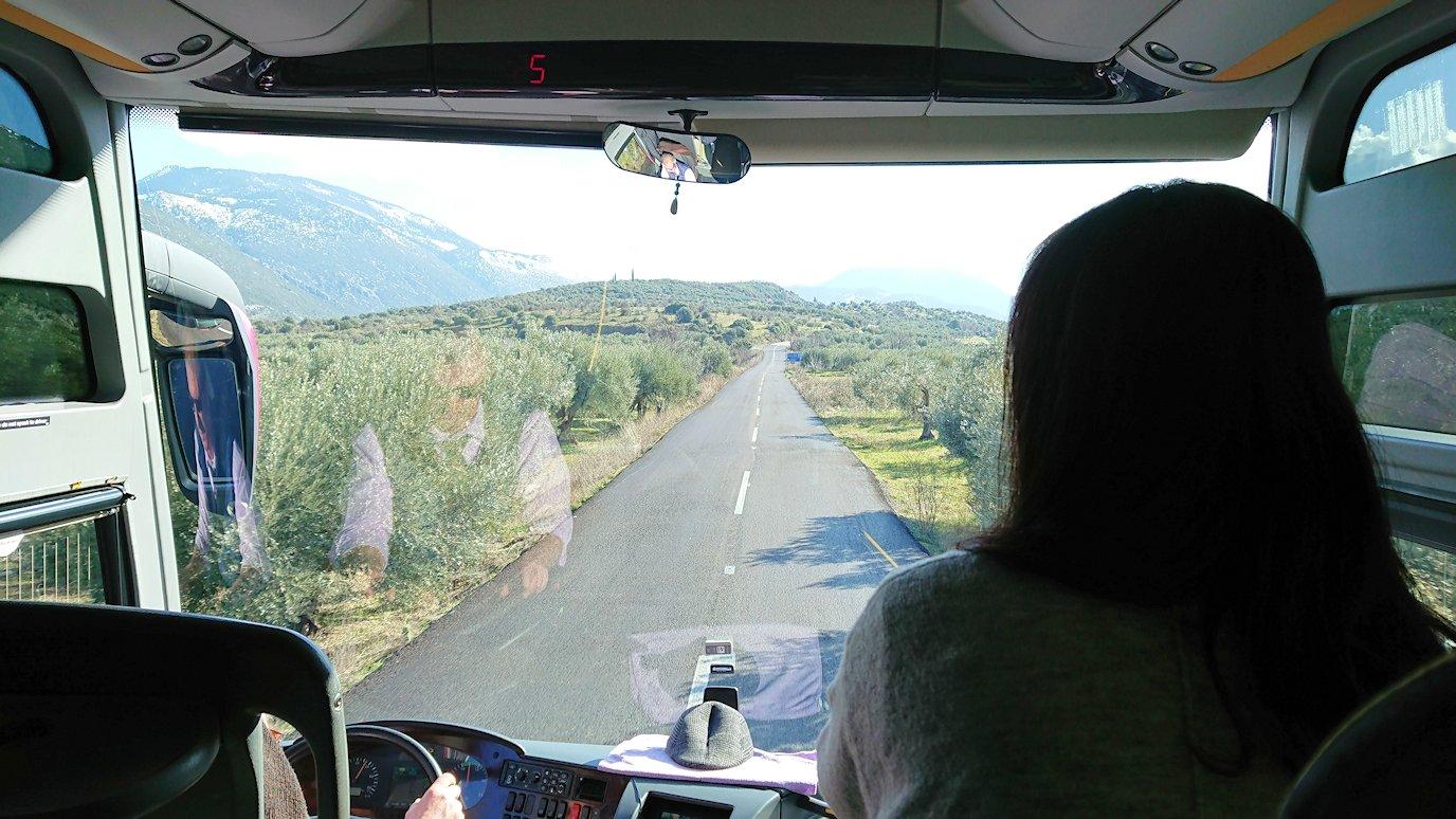 アラホバの町のからオシオス・ルカス修道院へ向かう道中3